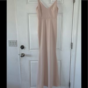 Nude lulus gown